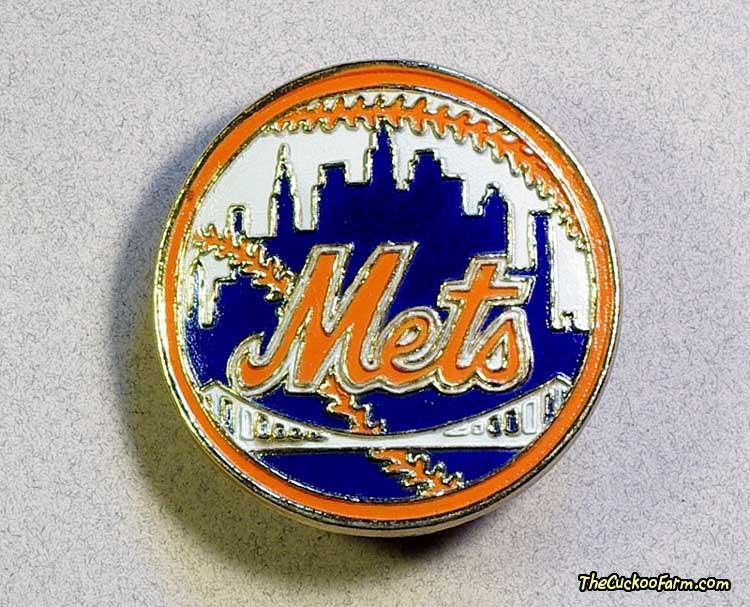 NY Mets Belt Buckle