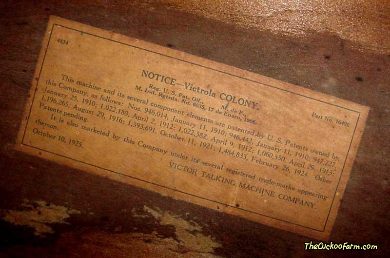 Victor Colony Model Phonograph cabinet label